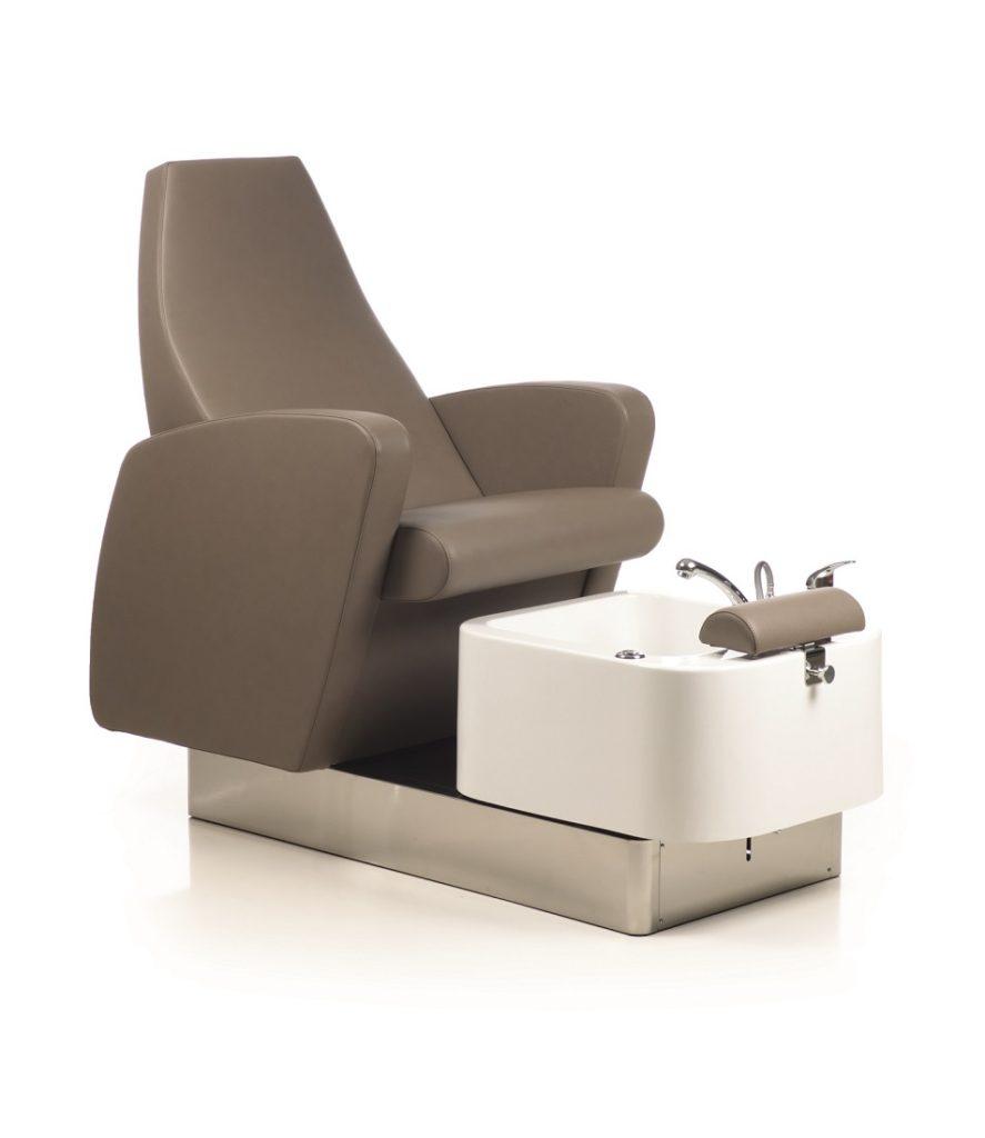 Fußpflegestuhl mit Becken